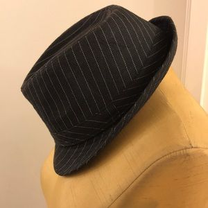 💥Pinstripe Fedora hat💥 very hipster!
